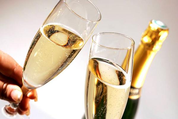 Влияние шампанского на мозг человека
