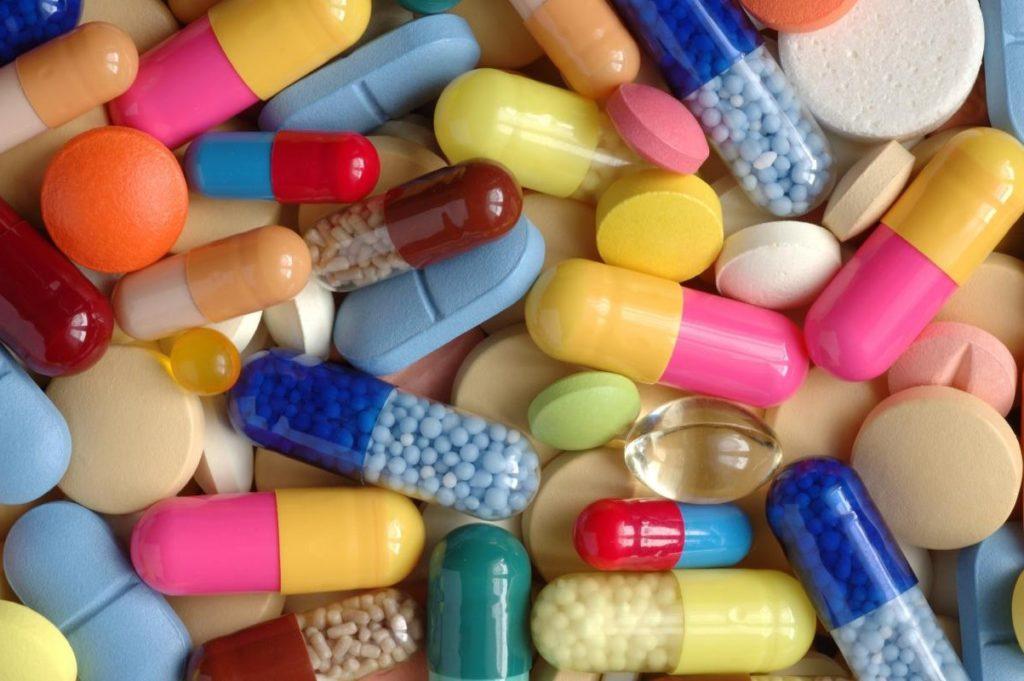 От витаминов бывает аллергия.