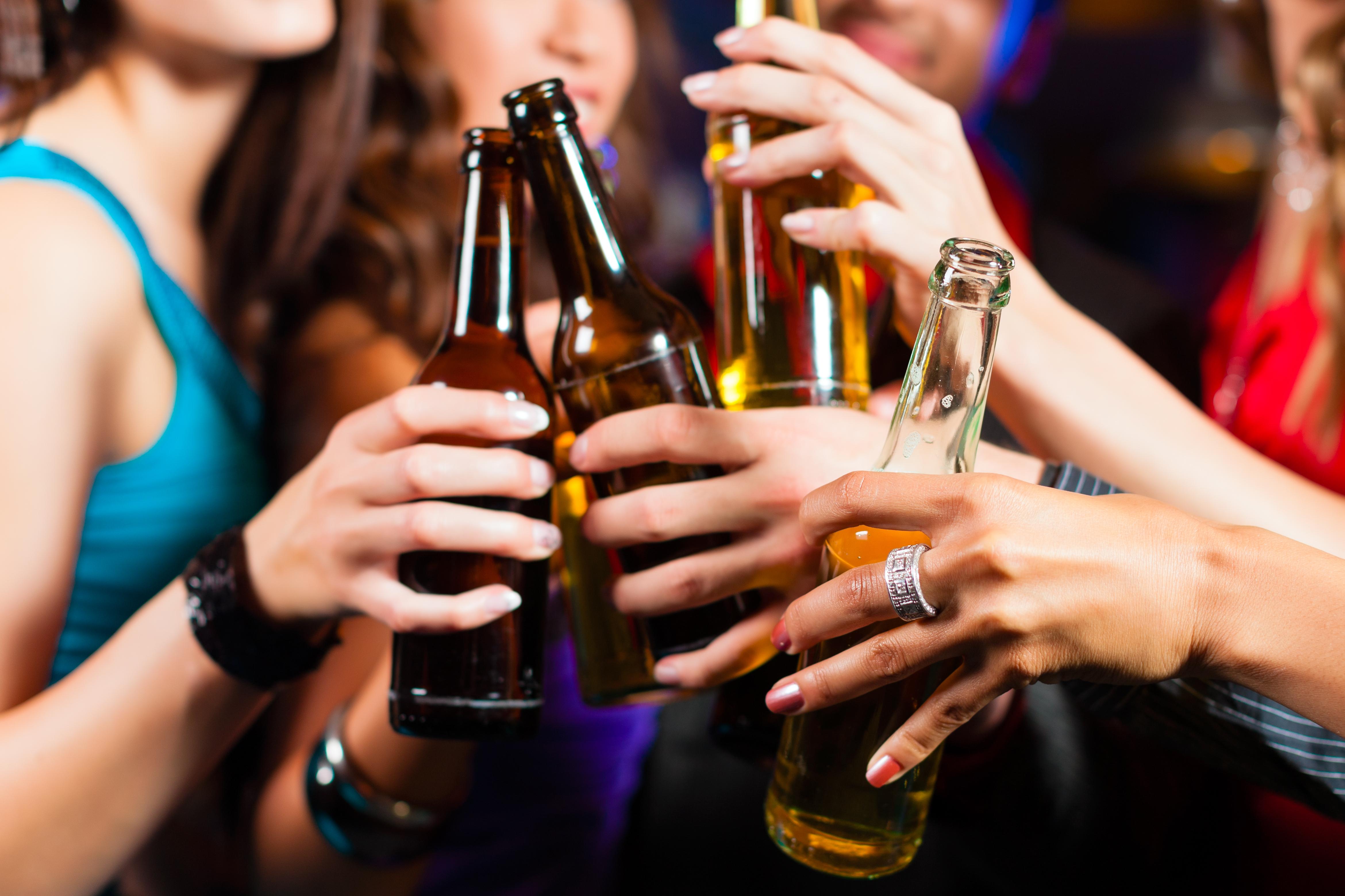 Ученые выяснили, кому лучше не употреблять алкоголь