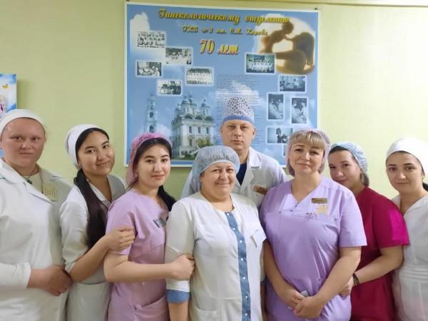 Чуткие и милосердные: сегодня свой профессиональный праздник отмечают медицинские сестры. Репортаж из Астрахани